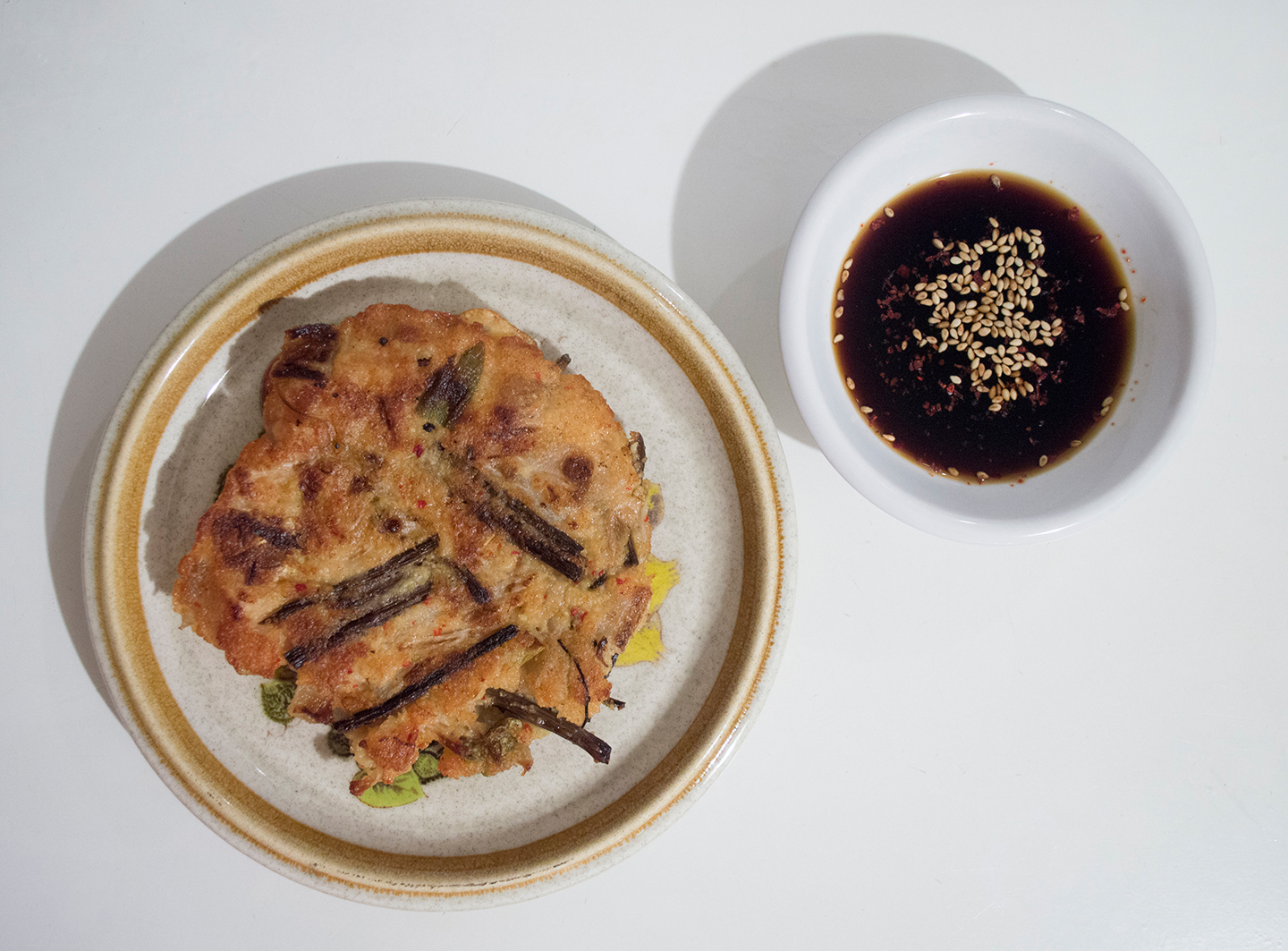Bindaetteok with Dipping Sauce