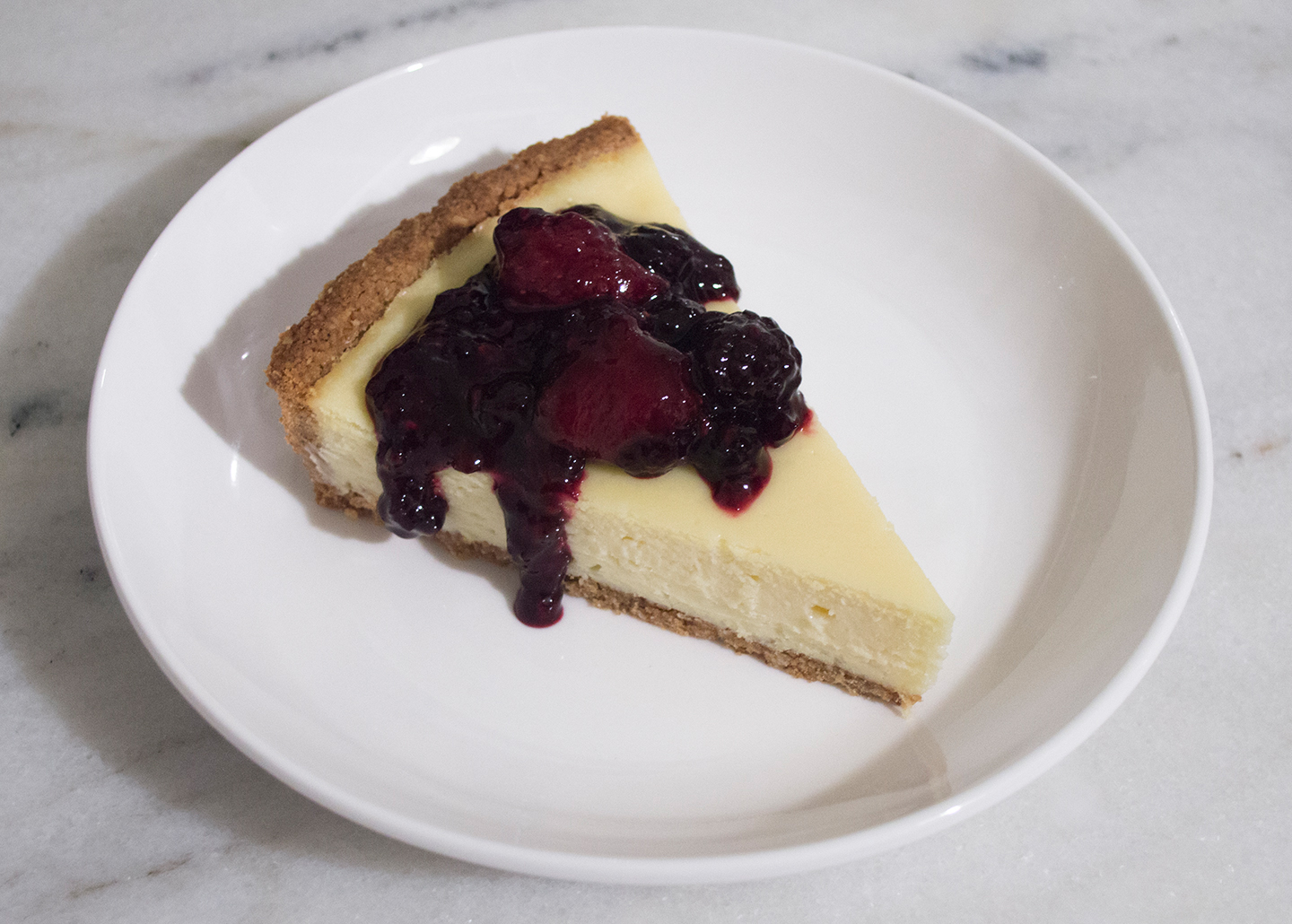 Sliced Cheesecake Tart with Berries