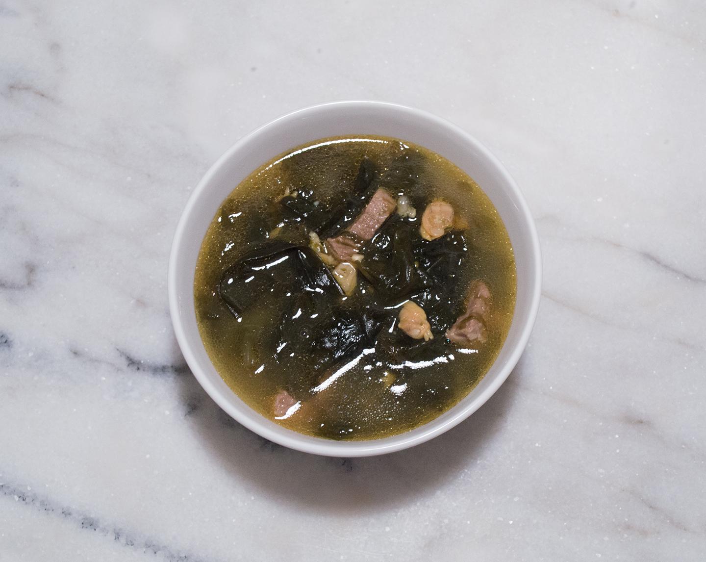 Miyeok Guk (미역국) - Seaweed Soup
