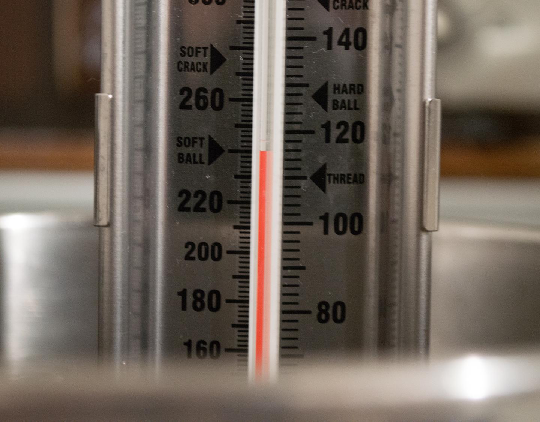 Poured Fondant - Boiling