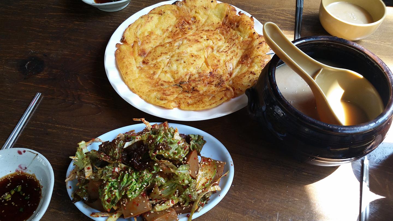 Korea Trip - Jeondeungsa Lunch