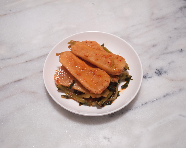 Chonggak Kimchi (총각 김치) - Ponytail Radish Kimchi