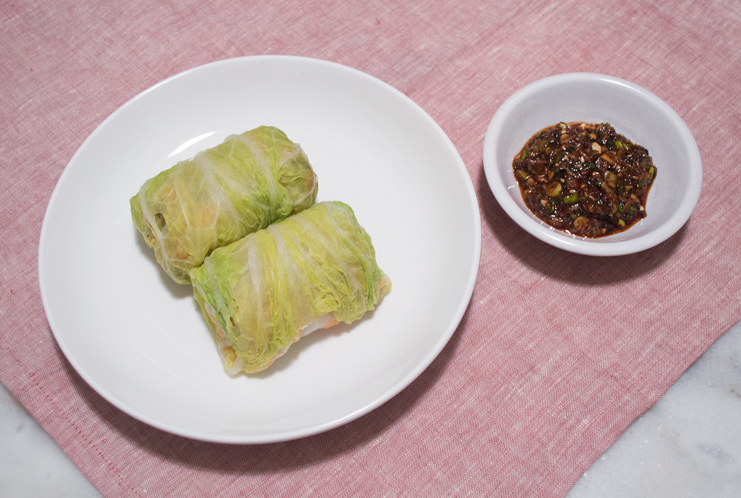 Dwaejigogi Baechu Ssam (돼지고기 배추쌈) - Korean-Style Pork Cabbage Rolls